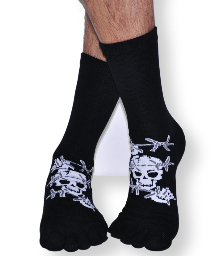 chaussettes doigts de pieds s par s orteils coton tete de mort pirate. Black Bedroom Furniture Sets. Home Design Ideas
