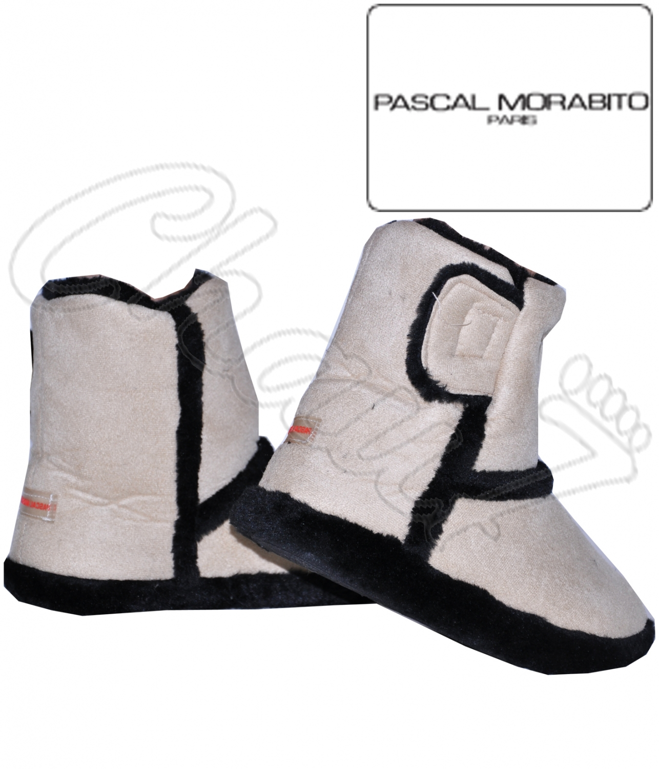 chaussons chaud dain style uggs. Black Bedroom Furniture Sets. Home Design Ideas